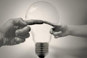 bulb-83142_640